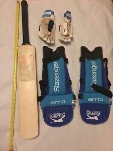 cricket equipment bundle (Bat V100, Pair of Gloves and Pair Knee Pad)