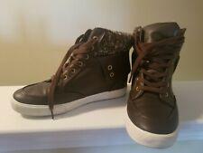 Wedge sneakers 9.5