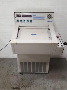 Brillante Modelo Otf Cryostat Refrigerado Microtomo Lab