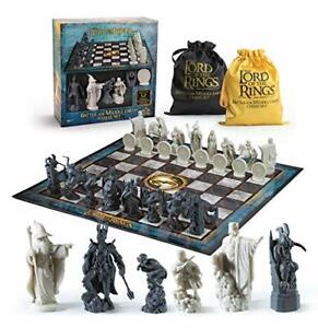 The Noble Collection Lord of The Rings Battle for Middle Earth Chess Set