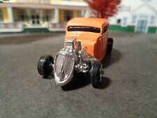 MAISTO   1934 FORD CUSTOMIZED HOT ROD,      1:64 SCALE DIE-CAST  5-18-15
