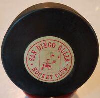 1969-74 WHL SAN DIEGO GULLS HOCKEY CLUB USA GAME PUCK  ART ROSS CONVERSE CCM