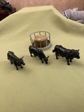 More details for btitains farm animals cattle 1/32 vintage model  aberdeen angus and feed ring
