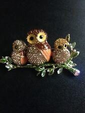 ENAMEL DIAMANTE  GOLD TONE OWL FAMILY BIRD  BROOCH