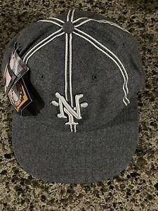 Negro Leagues Baseball Museum Fitted Hat 6 7/8 Gray White Cap Team Logos Yankees
