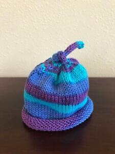 Infant knit umbilical cord hat