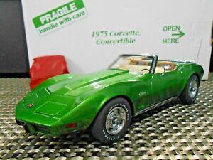 "Danbury Mint 1:24 1975 Chevrolet Corvette Convertible ""Bright Green"""