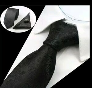 Set cravate en soie noire à motif floral NEUVE + boutons de manchette + pochette