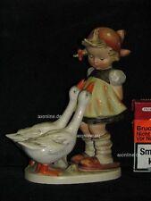 "Goebel Hummel 47/II ""Gänseliesl"", goose girl, Mädchen mit zwei Gänse"
