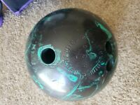 Vintage Brunswick Mineralite 15.5 LB Bowling Ball B020