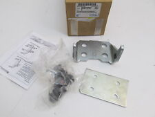1988-2002 Chevy GMC Truck SUV OEM Front Right Lower Hinge GM 88979797