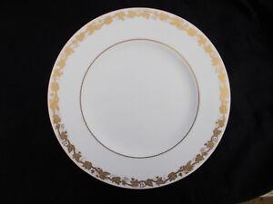 Wedgwood WHITEHALL Gold. Dinner Plate. Diameter 10 3/4 inches