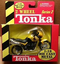 MAISTO 2 Wheel - 1/18 Scale Motorcycle Yellow Triumph Tiger replica
