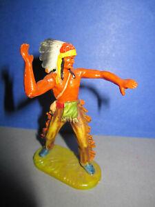 Elastolin - Indianer mit Speer werfend    Altbemalung          7cm