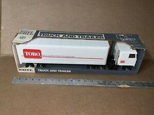 Vintage ERTL 19 Inch Long Toro 18-Wheeler Semi Truck & Trailer In Box