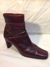 Lotus Maroon Ankle Leather Boots Size 6.5