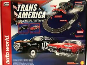 "AUTO WORLD SRS326 14' TRANS AMERICA ""CUDA AND COUGAR SLOT RACE SET 1/EA"