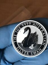 In Hand 2018 Australia Swan 1 oz .999 Silver Round Coin in Capsule BU from tube