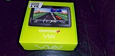 TomTom Via 135 M Europe + UK Système de Navigation par Satellite GPS NEW & BOXED EXCELLENT