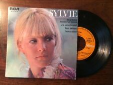 SYLVIE VARTAN 45T/ 4 TITRES/FACE AU SOLEIL....87.076 M RCA 1968