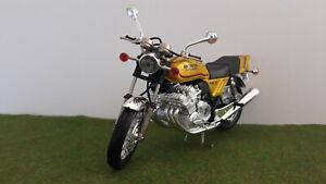 Moto HONDA 1000 CBX 6 CYLINDRES gold échelle 1/10 GUILOY miniature de collection