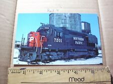 Southern Pacific Engine 7201 GP40X RR Train Rock Island Grain coal Silo Tower