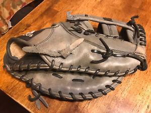 "Adidas Pro K3 Leather 12.5"" EQT FIX 1st Base Glove RHT Needs A repair"