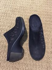 Privo by Clarks womens clogs slip on shoes 7 M black leather