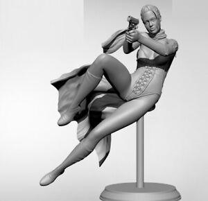 1/24 Resin Figure Model Kit Russian Soldier woman Gunner unpainted unassembled