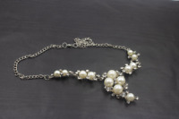 "Vintage Silver Toned Rhinestone Faux Pearl Statement Bib Collar Necklace 17"" a5"