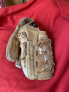 Vintage Hank Aaron Youth Baseball Glove