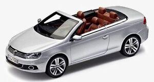 NEW GENUINE VW EOS REFLEX SILVER 1:43 SCALE DIECAST COLLECTOR'S MODEL CAR