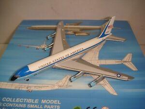 """Aeroclassics 400 United States of America B707-300B """"VC-137C - SAM 27000"""" 1:400"""