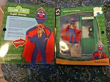 2005 Palisades Toys Exclusive: Sesame Street - SUPER GROVER Figure & Playset