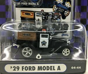 Muscle Machines Police Series * 1929 Ford Model A* New On Card* 1:64