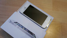 Apple iPhone 5 16GB Weiss in orig. Box; unlocked und iCloudfrei / Topp