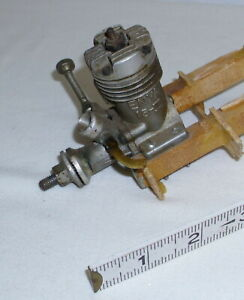ENYA 15-III GAS AIRPLANE OR TETHER CAR ENGINE 1960s