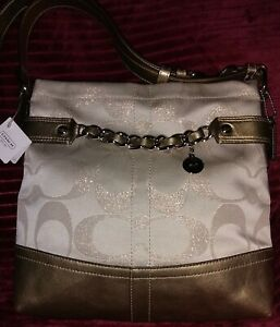 Authentic Coach💥NWT💥24CM Metallic Sig Chain SV/Ivory/Gold Duffle MSRP $278.00