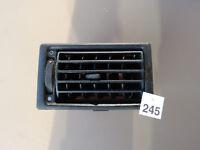 // VW T4 BUS Multivan Lüftungsgitte Frischluftdüse Heizung 701819703 *245 3-7-X