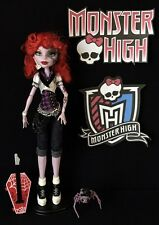 OPERETTA – MONSTER HIGH 1ST WAVE DOLL, PET, STAND, BRUSH. (2012)