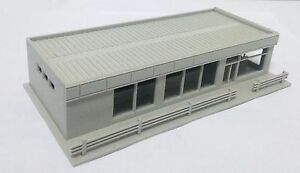Outland Models Railway Modern City Roadside Convenience Store HO OO Scale