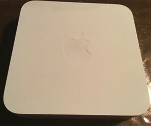 Apple Airport Extreme Wireless N Router A1408