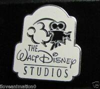 Disney The Walt Disney Studios Mickey Mouse with Movie Camera Pin **
