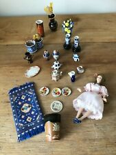 DOLLS HOUSE MINIATURES  MIXED LOT VINTAGE ACCESSORIES  24 pieces