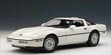 1:18 Autoart 1986 CHEVROLET CORVETTE C4 white weiss LIMITED EDITION