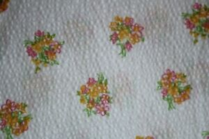 vintage plisse material bright floral spray pattern 230x90cm pink lemon