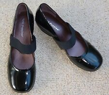 """Med 1 3/4"""" to 2 3/4"""" Comfort Shoes for Women"""