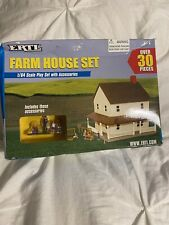 Ertl Farm Country Toy Brown Roof 2 Story Farm House Home Set MIP 1/64 Tractor