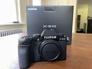FUJIFILM X-S10 Mirrorless Digital Camera (Body Only) BLACK Fuji Mint Low Shutter
