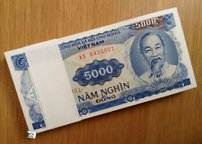 A Bundle of 100 PCS Vietnam 5000 Dong Banknote 1991 P 108 UNC